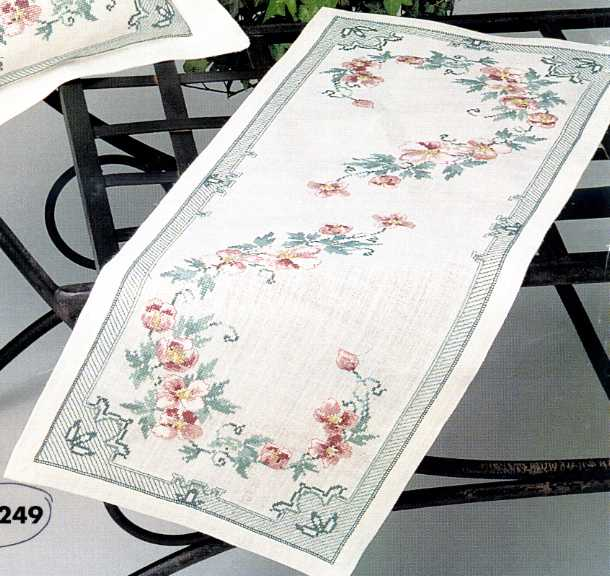 Floral Table Runner Chart Pack